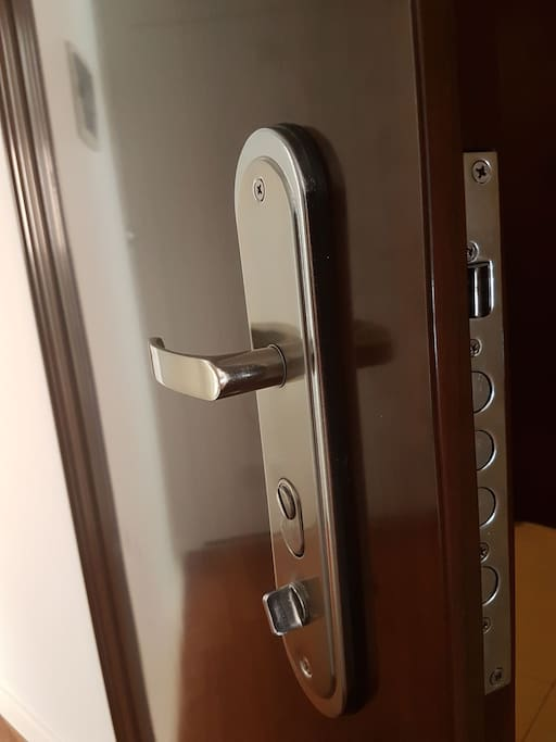 Puerta de ingreso de seguridad