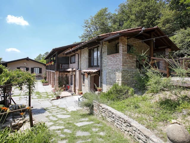 House Agr. Sorgente Monastero for 12 persons