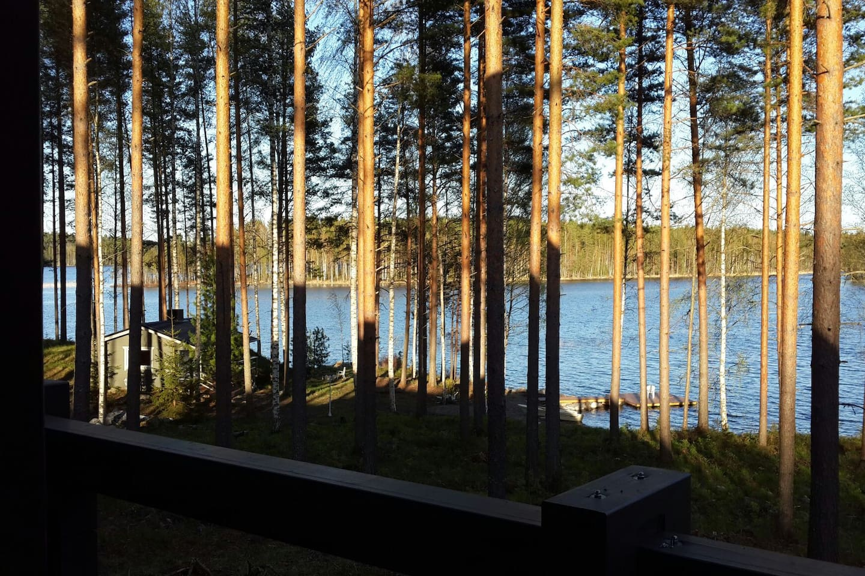 Вид на озеро