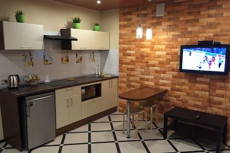 отличная дизайнерская квартира вам - Vologda - Apartment
