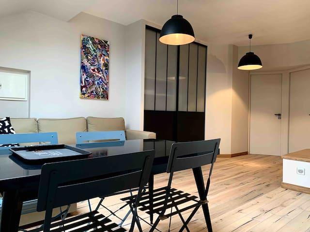 Appartement neuf scintillant de l'île d'amour