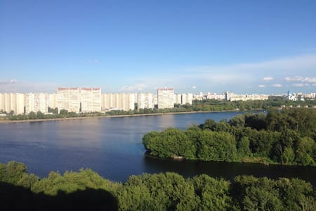 Perfect view to Moscow river side - Москва - Apartment