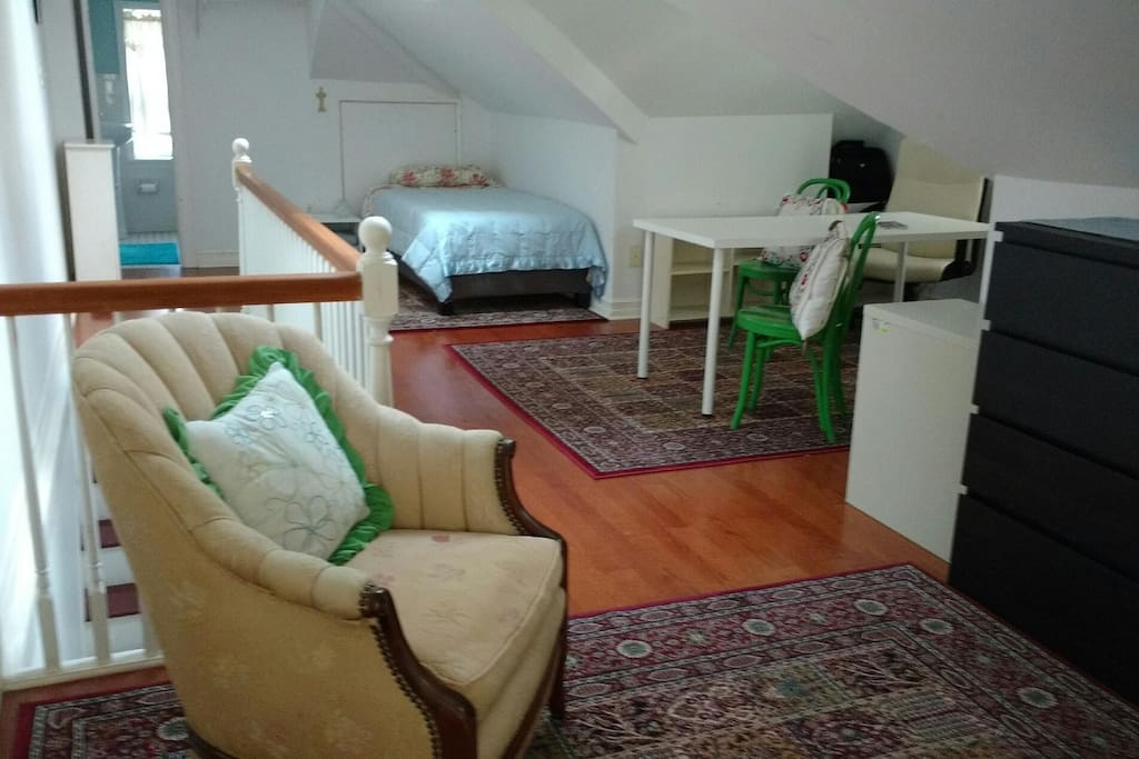 Third floor twin beds can be moved to create one large bed