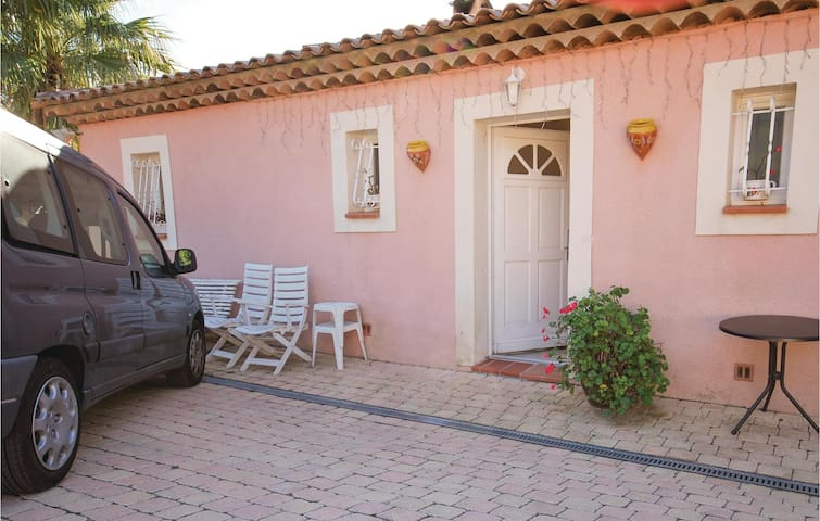 Holiday apartment with 1 bedroom on 36m² in Les Issambres