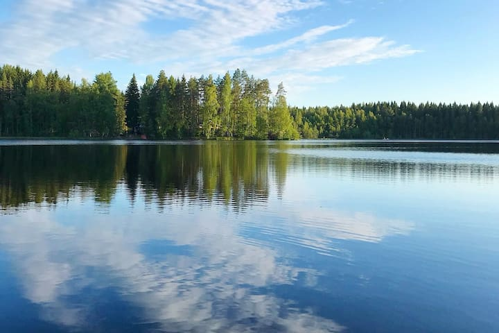 Private lakeside holiday property in nature