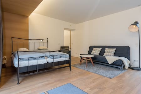 1-Bedroom Bogenhausen Arabellapark - Munich - Appartement