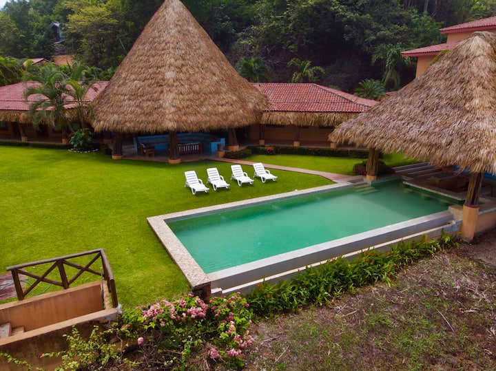 A beatiful villa on the beach !