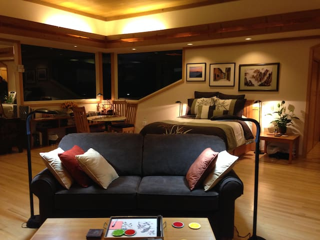 Your spacious suite at night is restful and relaxing. Absolutely private, no noise, no light pollution, no neighboring homes