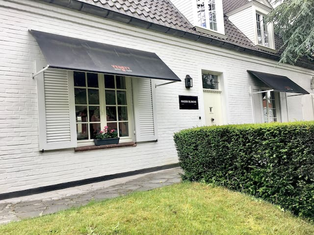 Bed and Breakfast Maison Blanche