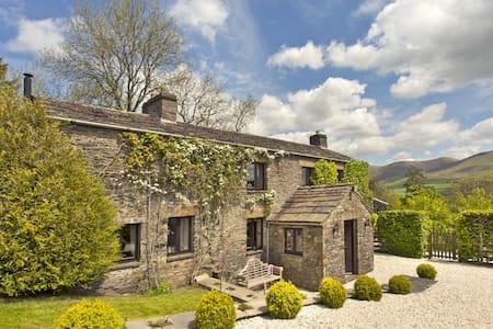 FIR TREE FARM, Firbank, Kirkby Lonsdale, Cumbria - Kirkby Lonsdale - House