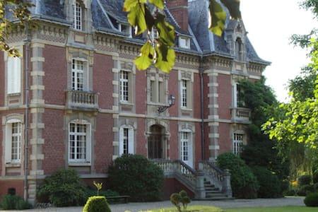 """Villa """"Les Prés"""" Chambre et sdb. - Criel-sur-Mer"""