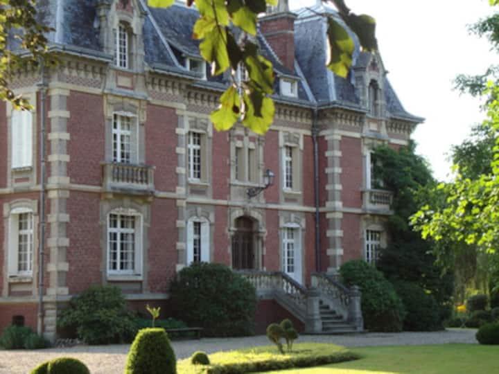"""Villa """"Les Prés"""" Chambre et sdb."""