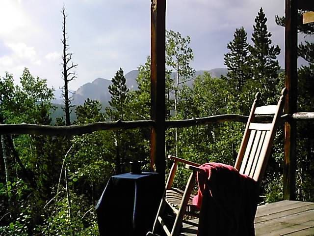 Secluded 420 Friendly Mountain Room w Private Deck