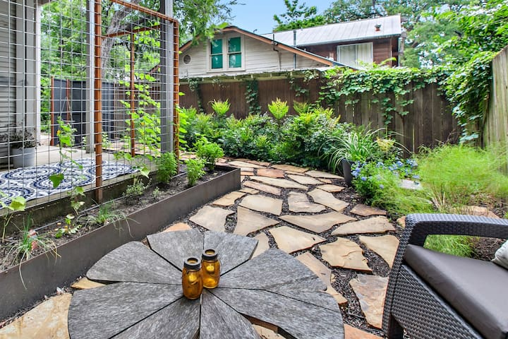 Garden Apartment in Central Austin (mins from UT)