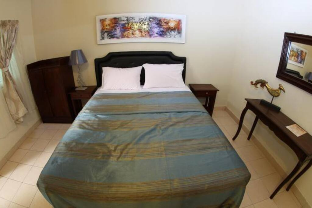 #2 single bed for 2 person with  share bathroom