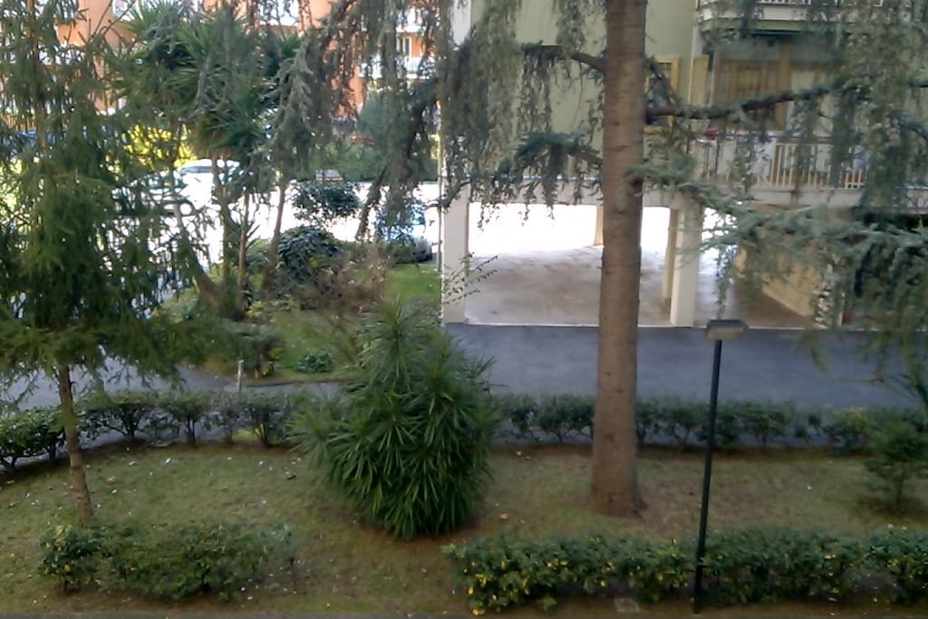 Stanza privata in condominio con giardino apartments for Condominio giardino c