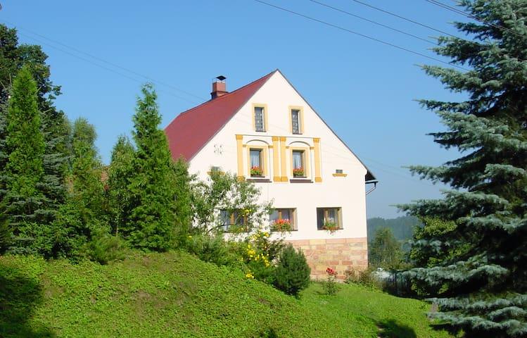 Chalupa V kopci - Vysoká Srbská - Pis