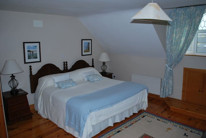 Lartigue Lodge Bed and Breakfast Wild Atlantic Way