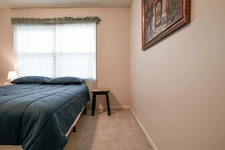 One bedroom great for Sports and Business Travel