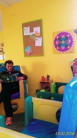 Casa daMila room 4 pax | Les Enfants Hostel Sintra