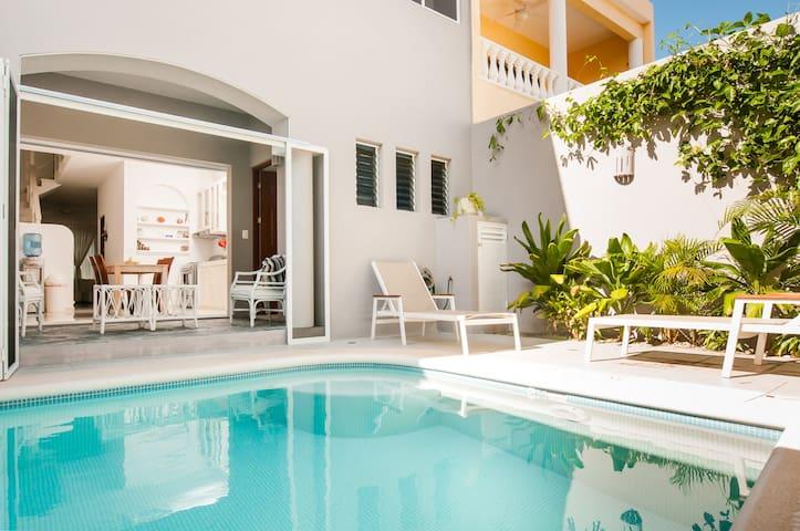 At Casa Gaviota, close beach & town - Puerto Morelos - House