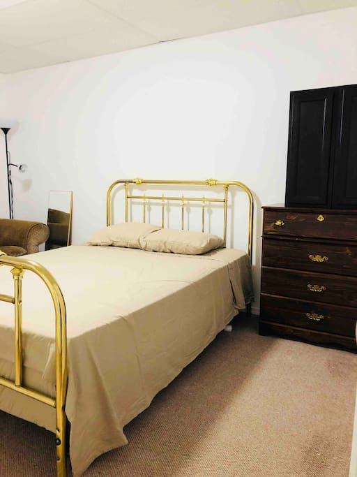 With queen size bed