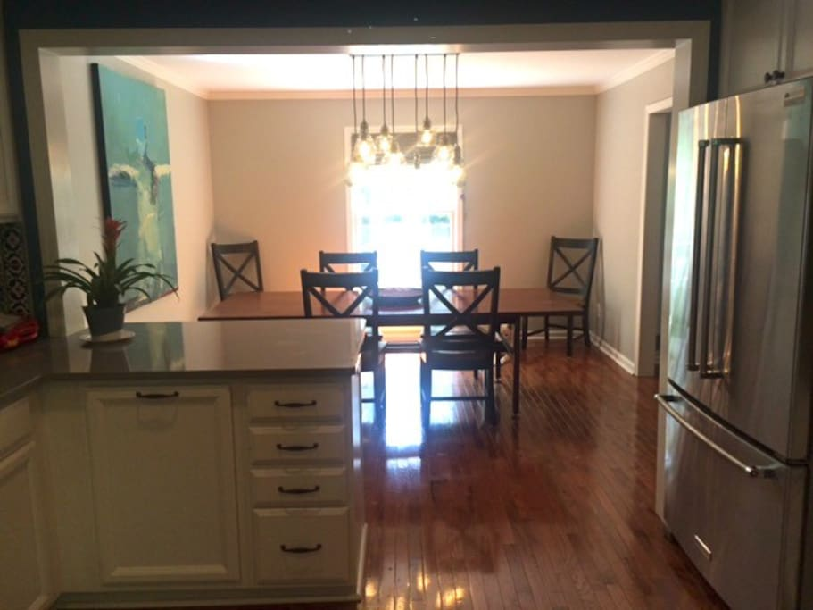 Newly renovated kitchen and dining room!