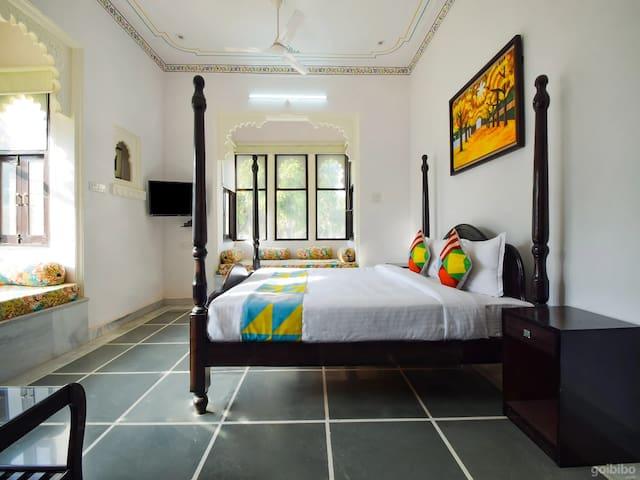 Room in Shalini Vilas