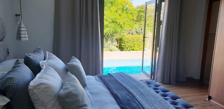 Serenity garden room