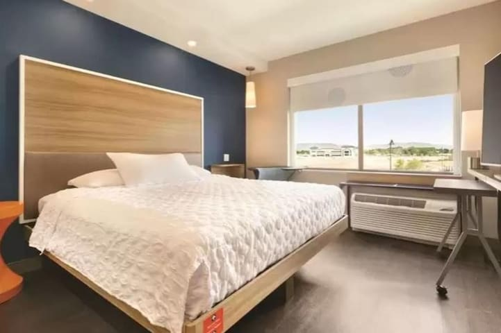 Incredible Double Bed At Meridian