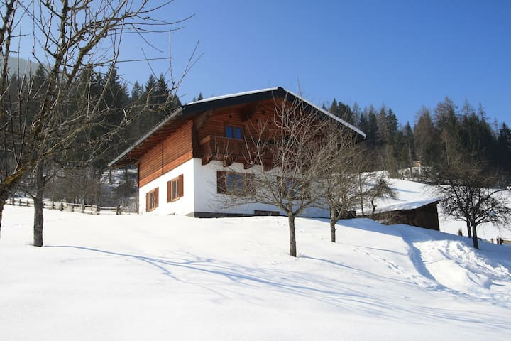 Lush Holiday Home in Hüttau near Ski Area