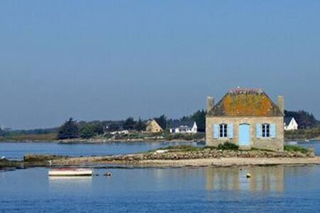 Maison de pecheur renovée à 100 m  port de St cado - Belz
