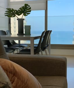 Sea & Corniche view Apt with a modern touch