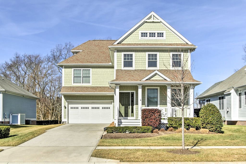 Welcome to your Delaware 4-bedroom, 3.5-bath home-away-from-home!
