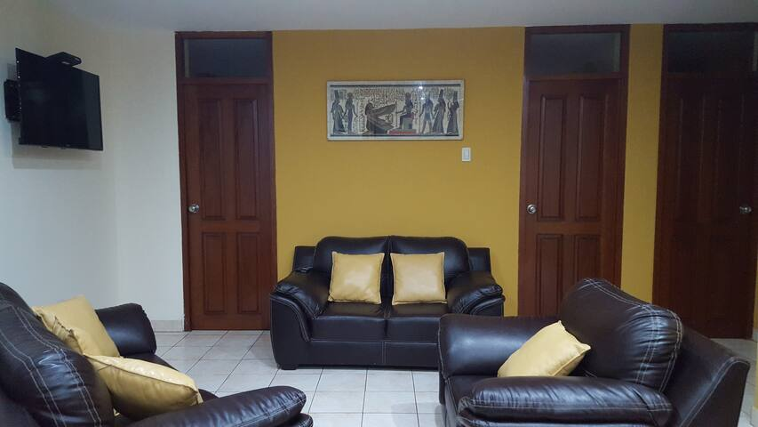 Huanchaco comfortable 3BR apartment - Huanchaco - Wohnung