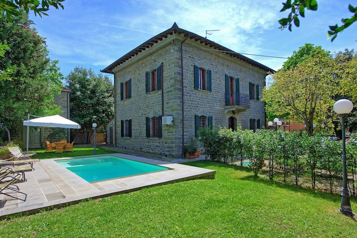 Villa Primula - Holiday Rental in Cortona, Tuscany