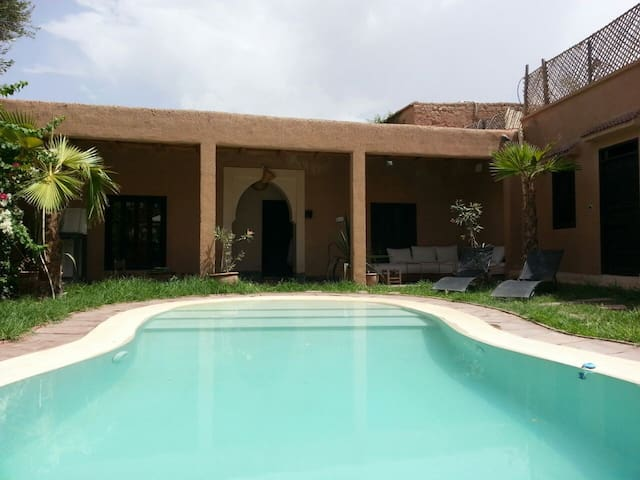 Bungalow 4 pax with pool 25 minutes from Marrakech - Oumnass