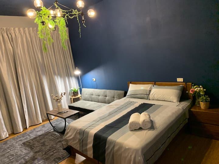 【北歐風blue room】森林系客廳臥室 /有陽台/Netflix /近南紡/成大/夜市/火車站