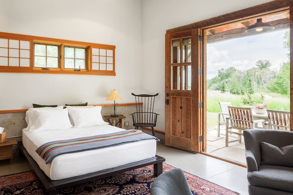 open living with wood accents - vacation rental decor