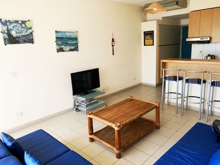 Cozy Chalet for 2 or 3 persons in Siwar Complex.