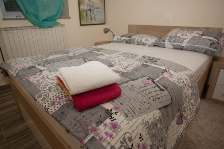 Guest House Čelan - One-Bedroom Apartment
