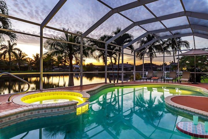 Indulge in luxury at Villa Key Lime Cove Heated Pool AND Spa - Roelens Vacations