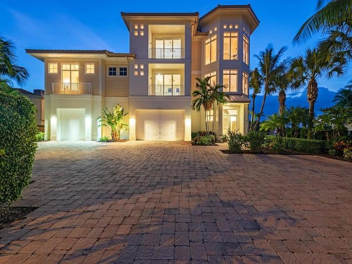 Brand New Double Lot Beachfront Home-Bonita Beach