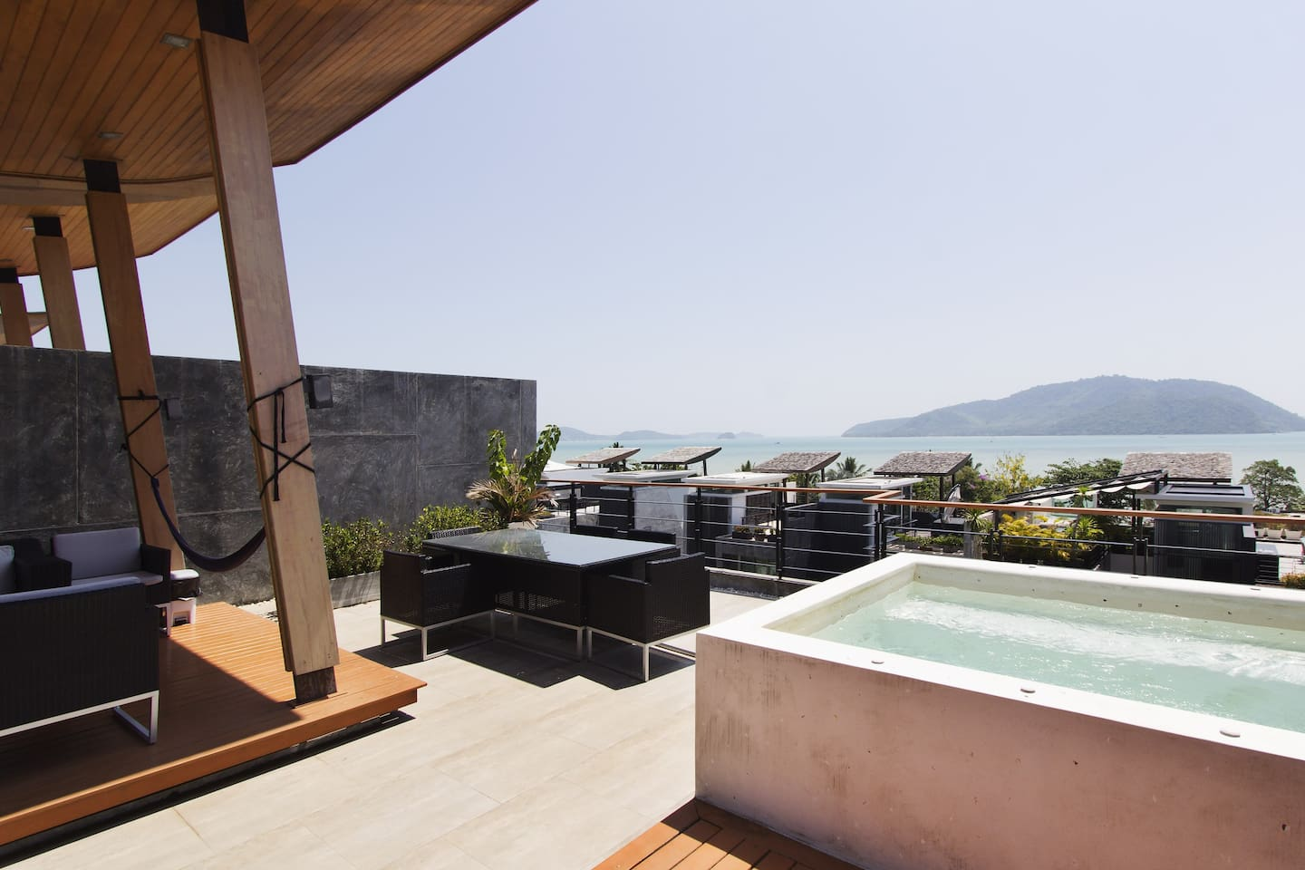 4 BR 600sqm Seaview Pool Villa Japanese Bathrooms - Townhouses for ...