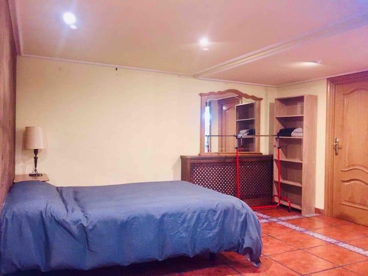 Apartamento completo. LOFT. 1 cama doble.