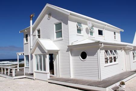 Pearl Bay Beach House - Yzerfontein