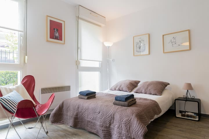 COSY STUDIO DIJON The Golden Fleece - Dijon - Appartement
