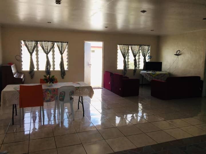 Sesilia Apartments Samoa - Clean & Close to Town