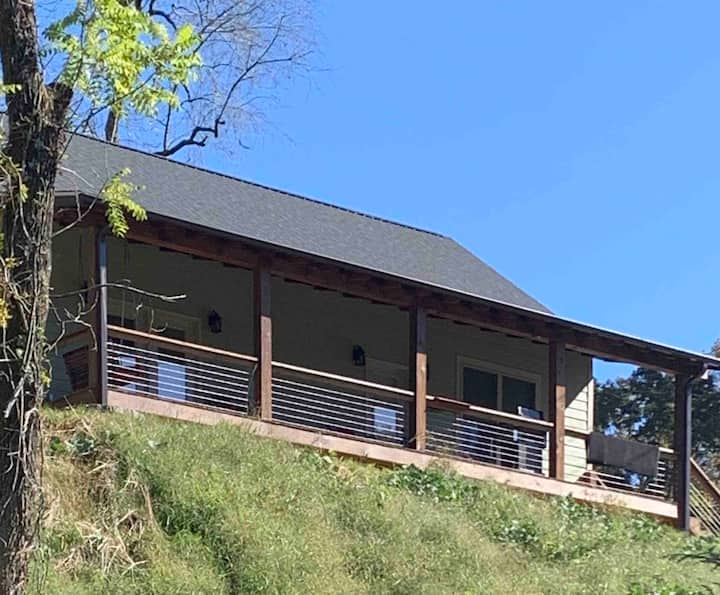 Riverside Cabin on the Tuckasegee River