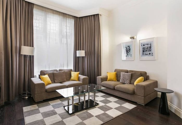 Chic 2Bed 2bath in Knightsbridge 6 mins to tube